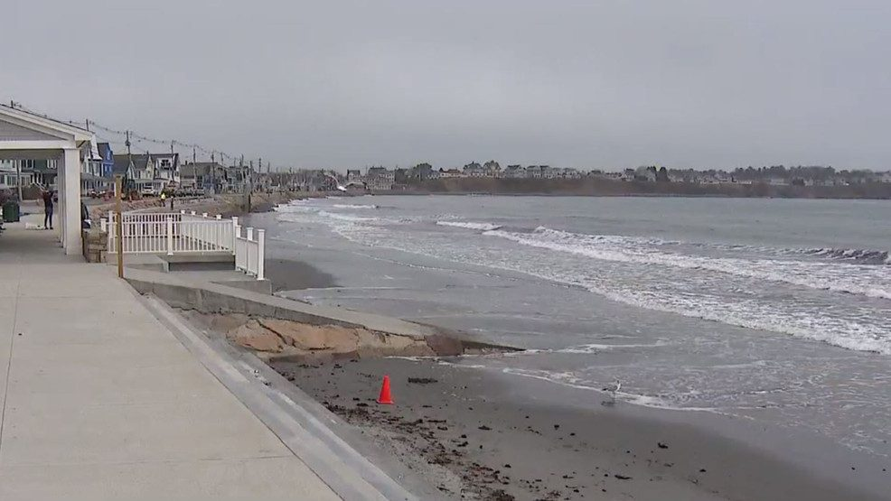 Ogunquit beaches reopen somewhat